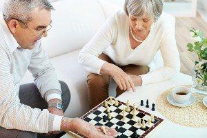 couple-chess-300-x-200
